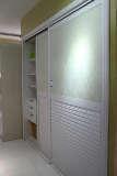 顶固家具白浮雕衣柜