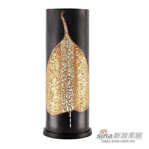 Tao美国进口黄铜叶形雕刻烛台