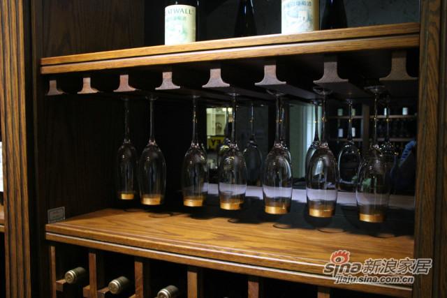实木酒格柜-3