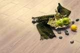 贝亚克水晶面实木复合地板