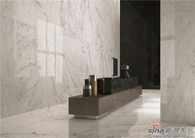 设计灵感光润玉颜,通透、灵动、柔和温馨,宛如一幅天然的水墨山水画,大理石的质感令人沉醉。MARVEL XL系列瓷砖设计灵感来自大理石,在特殊大尺寸的设计上重现精致的自然石纹路、细腻的花纹,适用于多个环境,打造高品位的时尚空间。