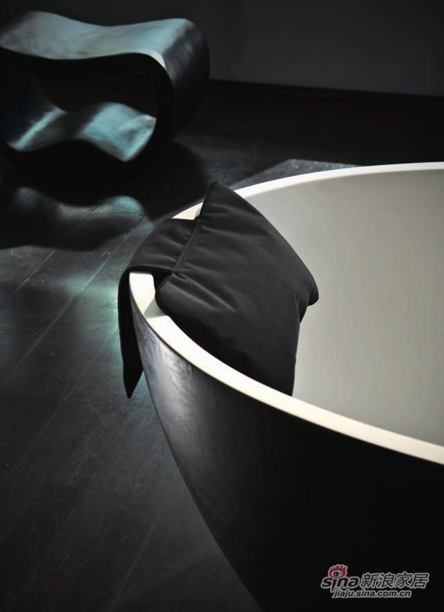 LOFT NK 浴缸枕头