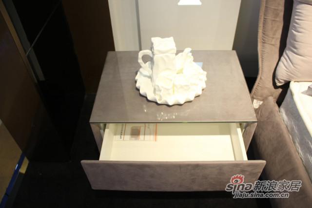圆方园床头柜-4