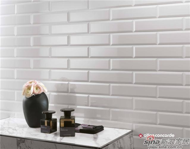 巧克力系列采用独特的修正边技术,在铺设中最小程度的留缝,使得密缝铺贴效果浑然天成。8 *31.5cm的小规格打造极致细节,给予优雅空间无限魅力,重新诠释现代时尚设计,为整体家装带来百分百意大利原创设计的明显印记。巧克力系列瓷砖从颜色到品质,让我们的家提升一