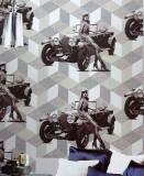 美客壁纸 欧美风格 美女骑车