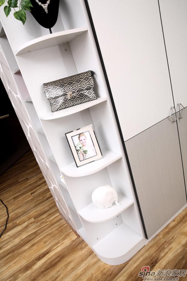 合生雅居米兰白布纹+经典灰布纹平开门衣柜-4