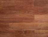 乐迈詹纳士系列Z-2强化复合地板-金丝黑橡