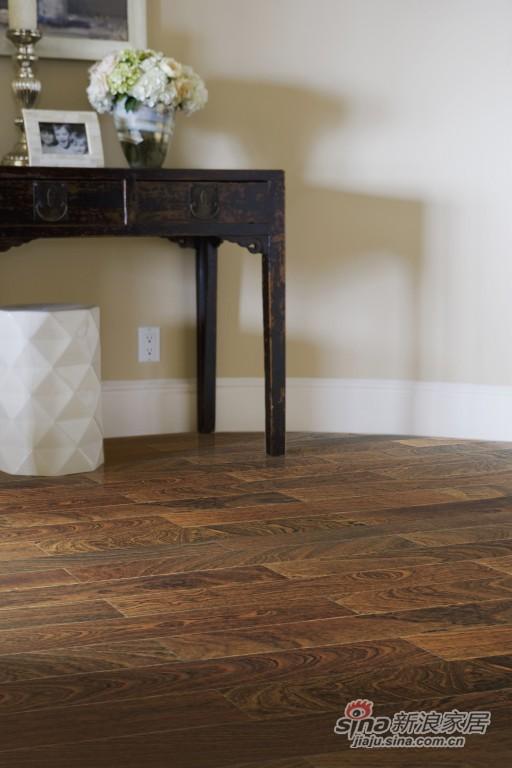 菲林格尔实木复合地板-极简主义风情深棕-0