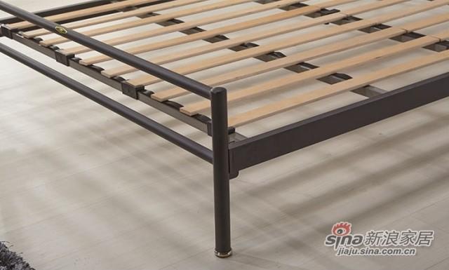 天坛铁艺床-1