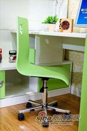 迪士尼儿童彩色家具-米奇-椅子(转脚)-1