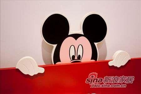迪士尼儿童彩色家具-顽皮米奇床-2