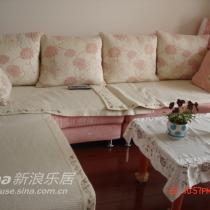 楼上客厅沙发