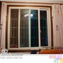 副卧室的窗