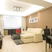 """50平小公寓简约与典雅并存 明亮空间不再是""""蜗居"""""""