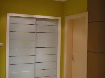 卫生间及卧室门