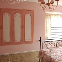 卧室温馨粉色