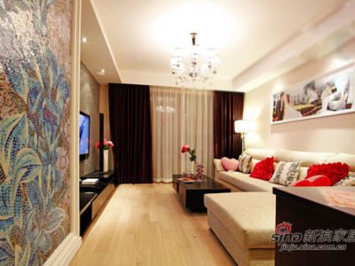 客厅亮点是马赛格的墙画
