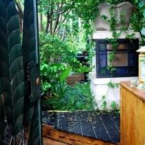 一个有秘密小花园的家