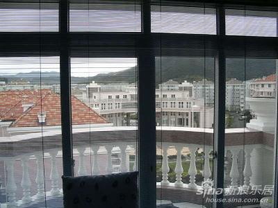 客厅阳台(朝东露天式)