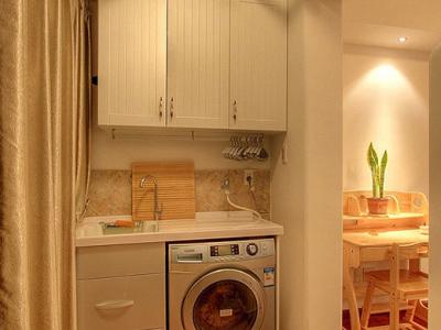书房外面还隔出一个小空间来,做为了洗衣房!