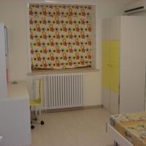 孩子的房间,还没有收拾好呢。