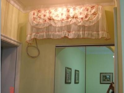忘拍储藏室里面了,我设计成了走入式衣柜,超实用,门用镜子折叠门