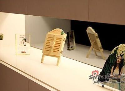鞋柜也是设计师设计的,没有拉手,我的最爱!