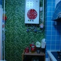 这面墙贴得可不是壁纸喔,是磁砖!