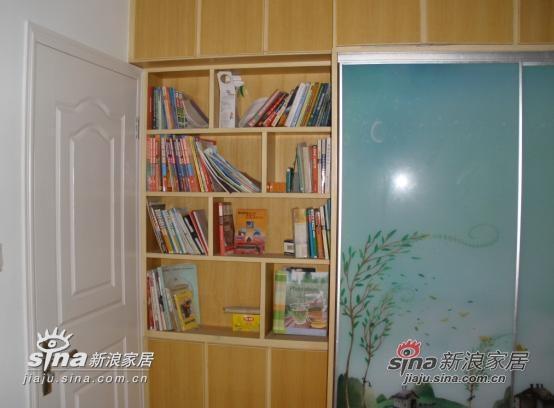 书房门后隐藏的小书橱