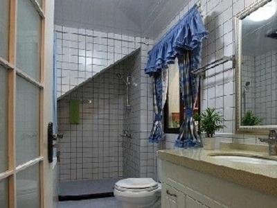 二楼的卫生间,地中海式卫生间,像大海一般
