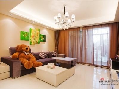 我的咖啡色调客厅 有泰迪熊和Hello Kitty相伴