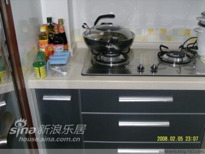 发张厨房的照片