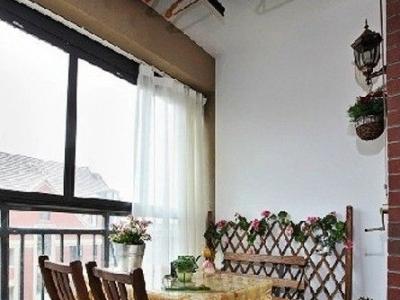 阳台,在这里可以喝喝茶什么的,生活很惬意舒服
