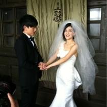 新郎成功见到新娘喽