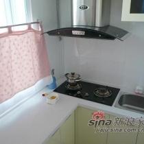 厨房,由于不在家做饭,所以厨房很小,当然也少了很多生活的气息