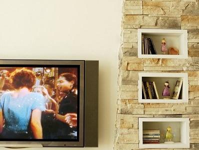 灯塔造型的电视墙