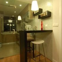 厨房和吧台