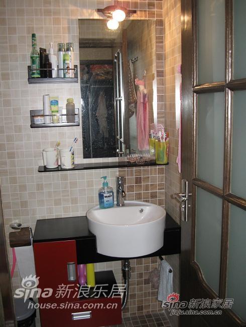 主卫水盆:我家的卫浴都用的一个牌子,米亚,不是很出名,但东西还行