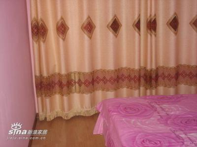 卧室的窗帘