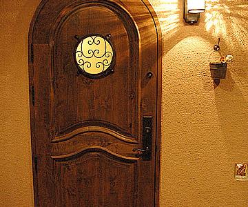 这个门有特点吧