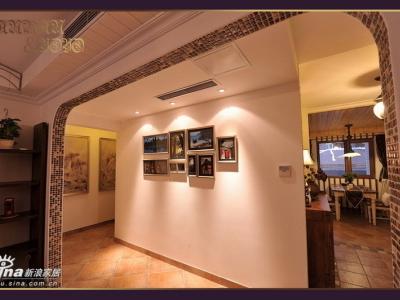 从拱形马赛克装饰哑口 看照片墙