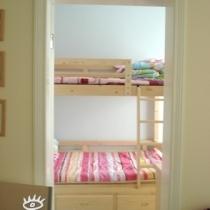 小卧室双架床