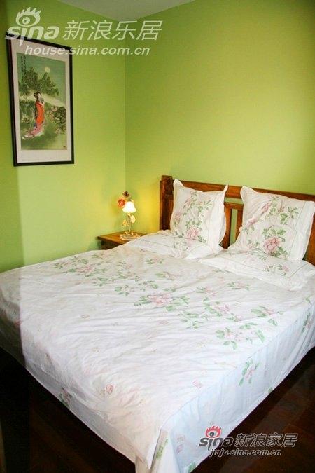 从来就喜欢这些干干净净的床品,软软的,好想赖在上面不起床