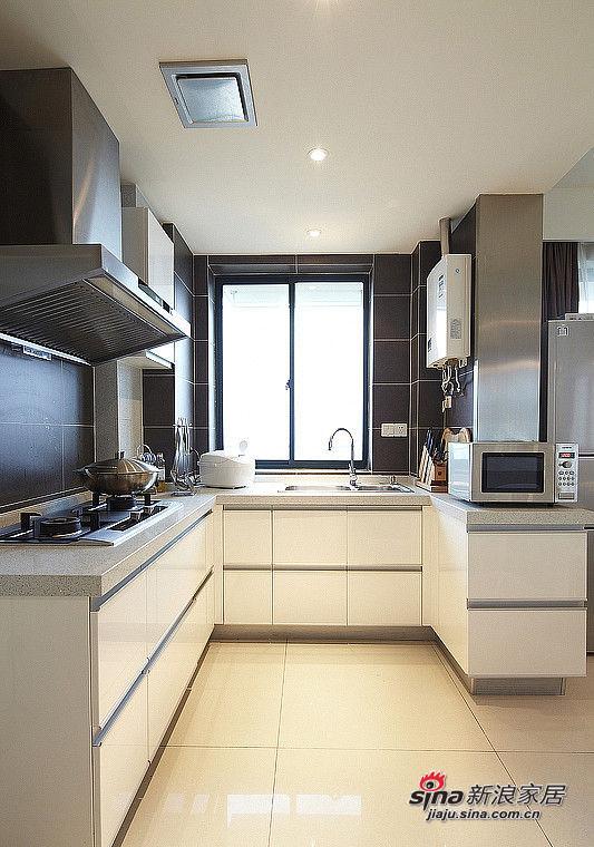 厨房啊,感觉金属比较好清洁