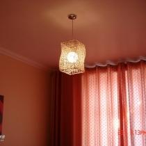 卧室的藤灯