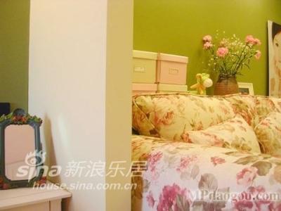 卧室、客厅交界处