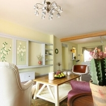可以看出客厅选用的家具都是现代简约风格的,但是设计感都很强