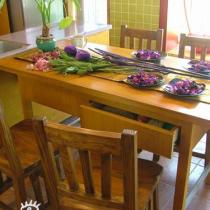 带抽屉的餐桌,可以收纳好多小东西,随手可取