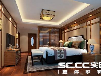 设计理念:主卧室是主人休憩的地方,所以格外注重风格的塑造。顶面呼应客厅的顶面设计,高靠背的实木床结合现代象牙白的皮质靠背。壁灯与吊灯的点缀。整个空间显现出浓郁的中式韵味。