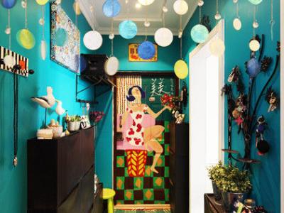 走廊的鞋柜简单大方,无需占据太多走廊面积,装鞋数量颇多。一来实用方便,二来可美化空间。